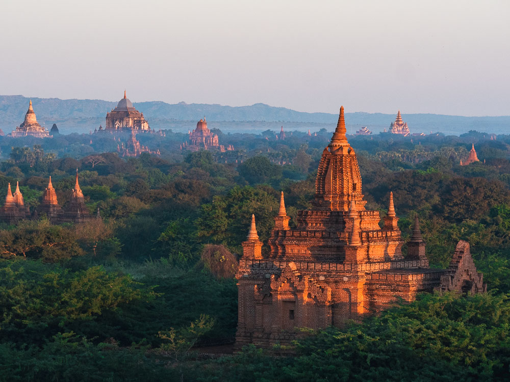 bagan-temples-sunrise-header