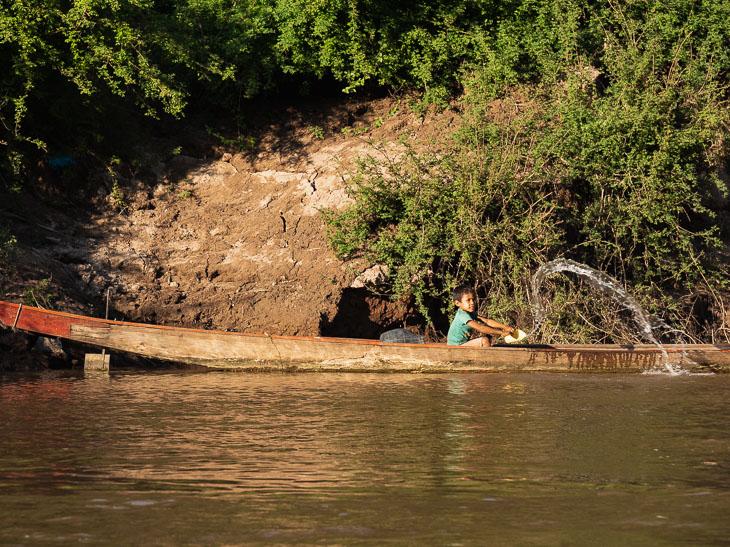 kid-bucket-slow-boat-laos