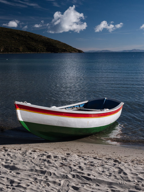 A boat on Challapampa's second beach, Isla del Sol, Bolivia